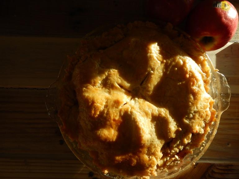 Victoria Lise Homemade Apple Pie