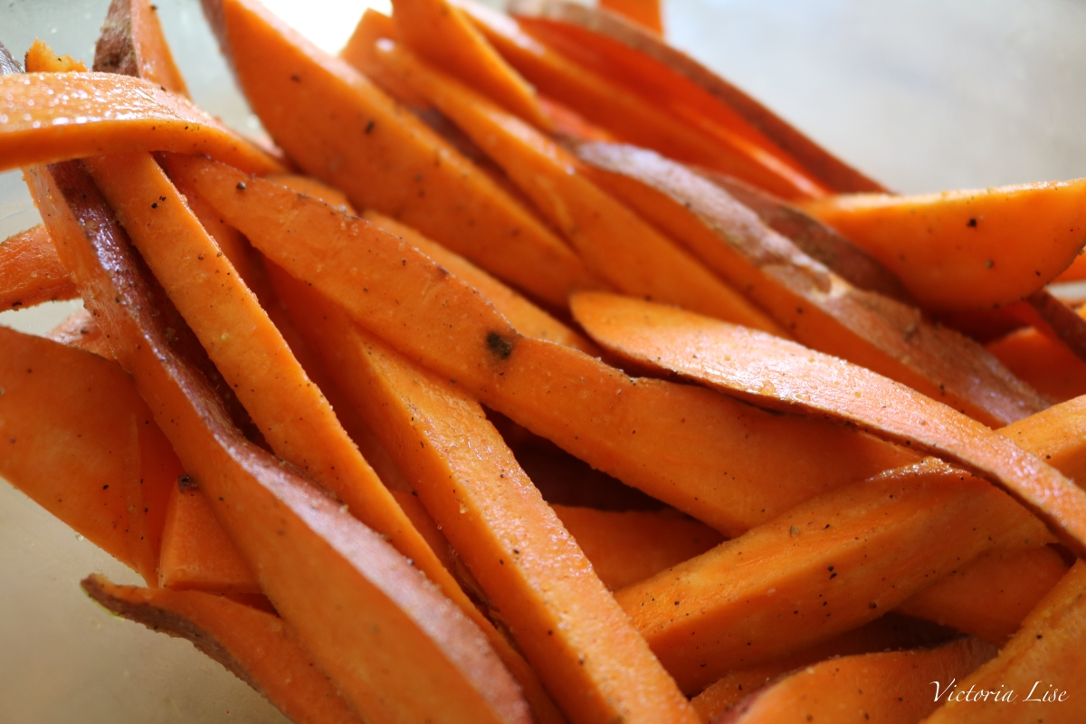 Victoria Lise Recipe Post Cut Sweet Potatoes with Seasoning