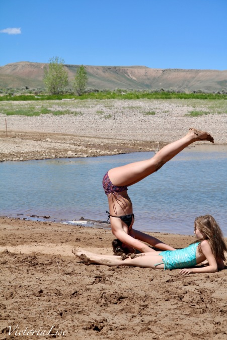 Victoria Lise Headstand at Reservoir