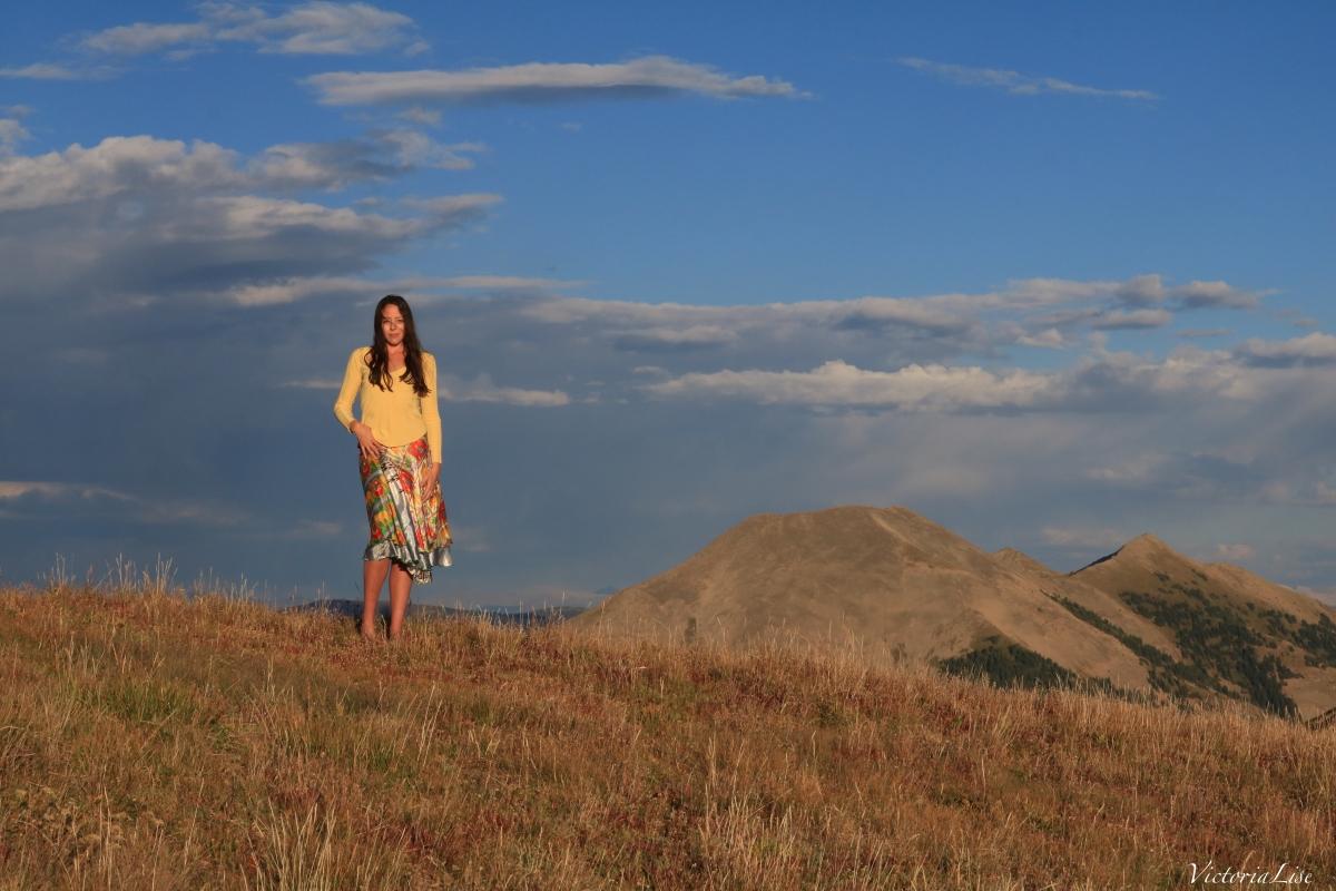 Victoria Lise atop Mt. Axtell Colorado