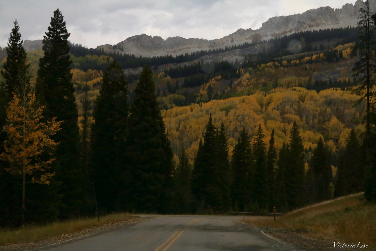 The Road to Fall. Colorado. Victoria Lise 2017