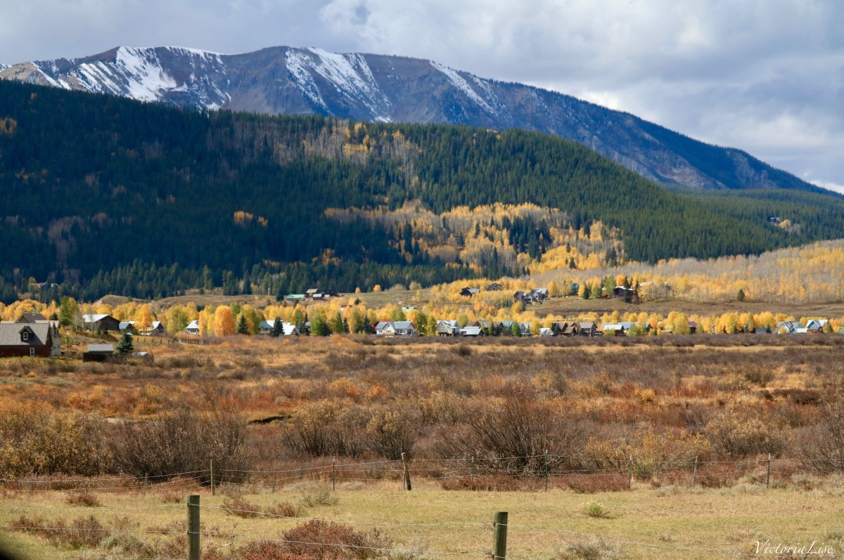 The town Of Crested Butte below Mt. Axtell during fall. Victoria Lise 2017