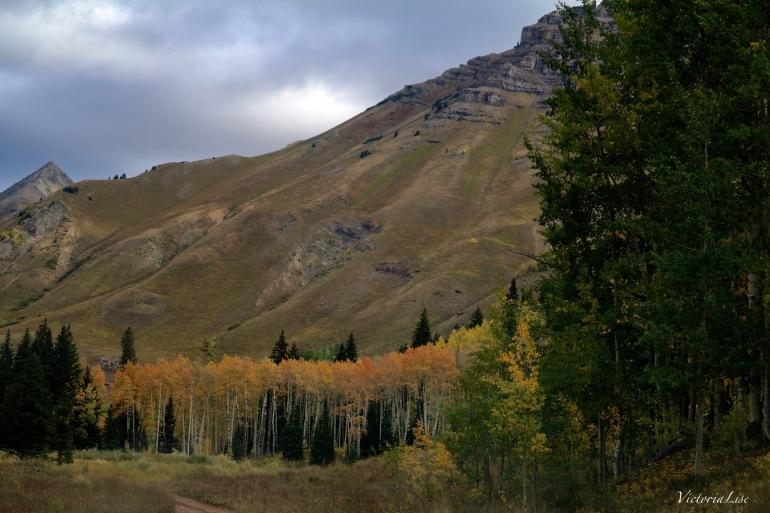 Sunrising behind Teocalli mountain, Colorado