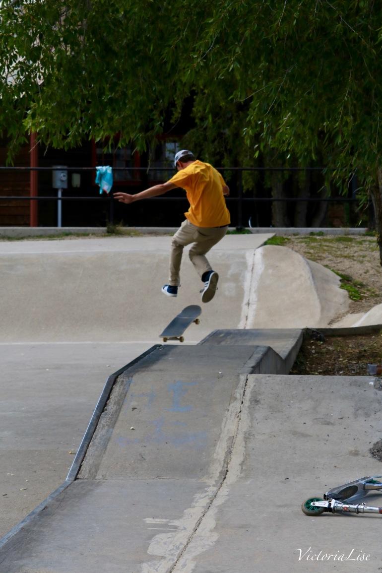 Skate tricks in the skate park. ©Victoria Lise 2017.