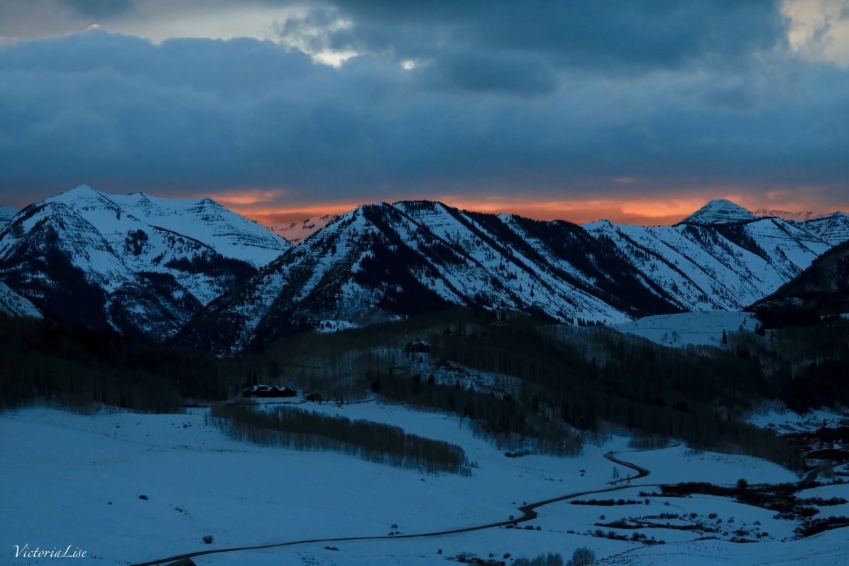 Colors of Colorado's winter sunset. ©Victoria Lise