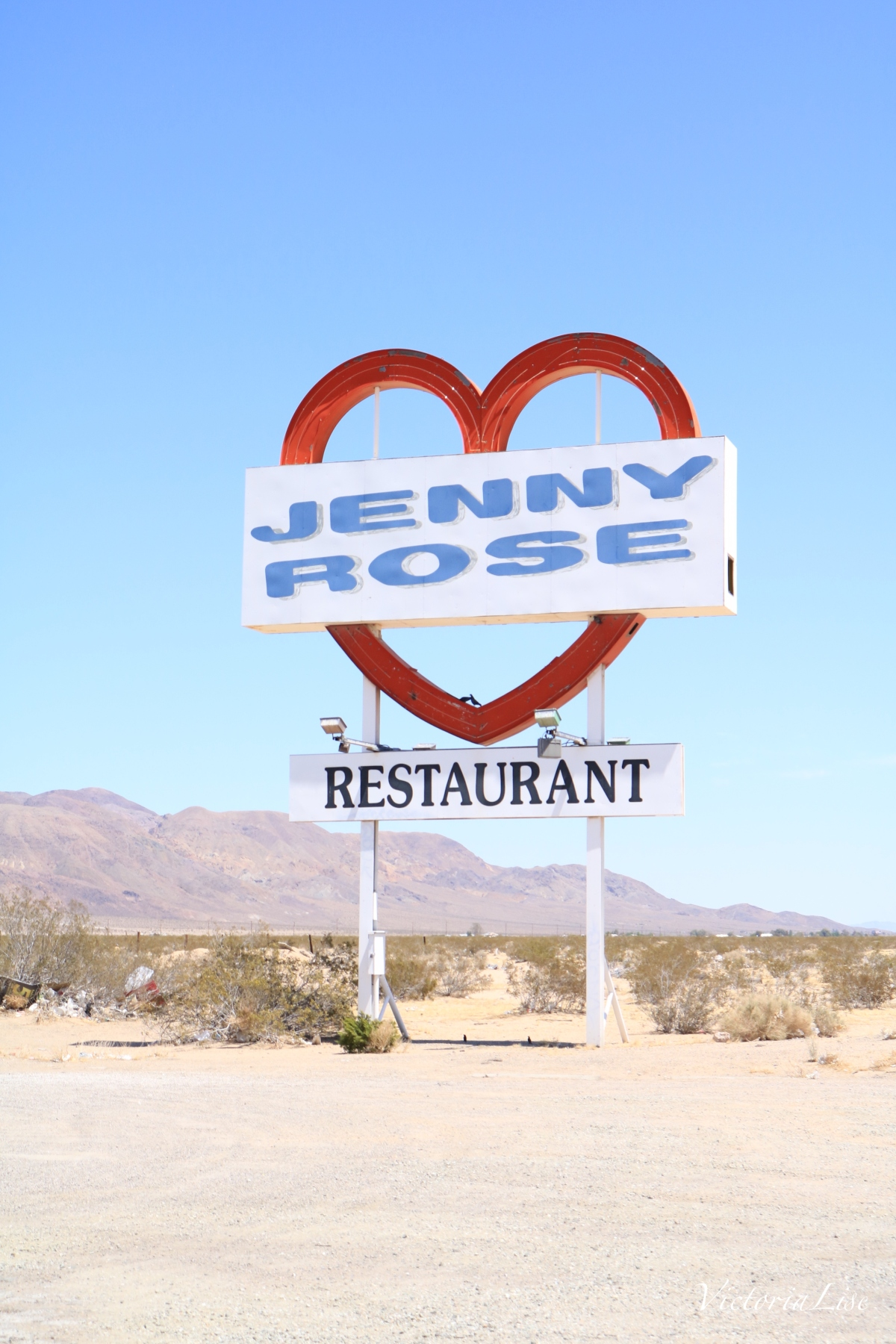 Jenny Rose Restaurant Sign. ©Victoria Lise 2018
