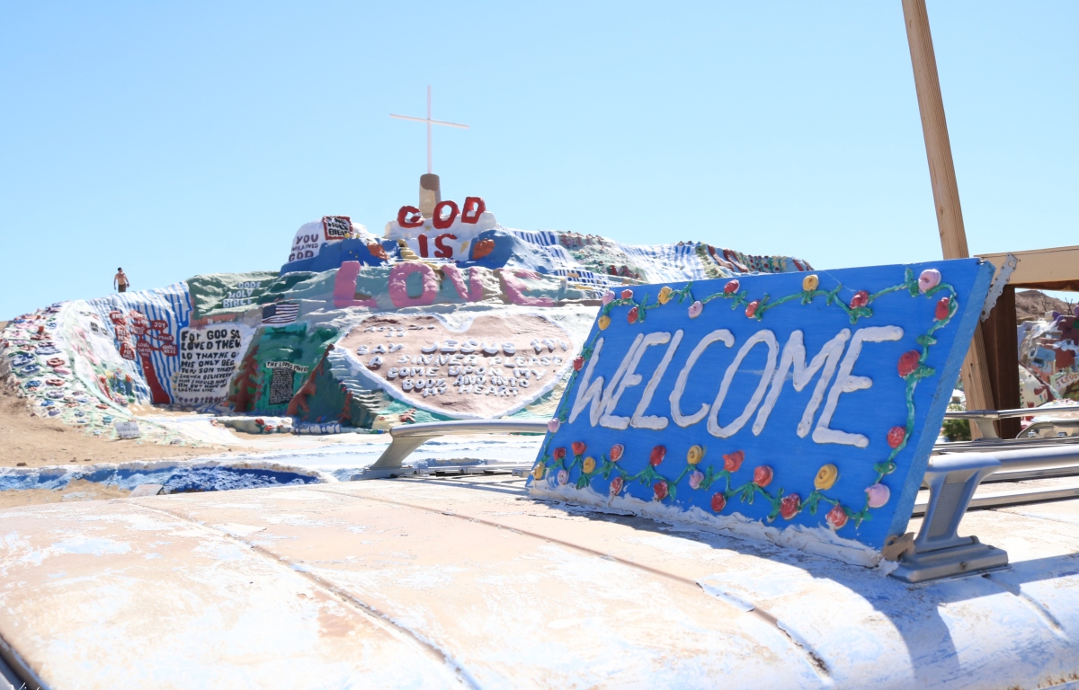 Welcome to Salvation Mountain. ©Victoria Lise 2018.