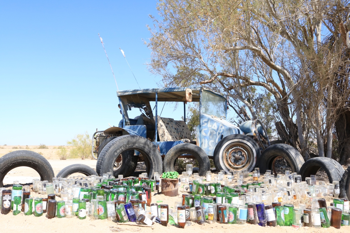 Slab City Recycles Trash by Making Art. ©Victoria Lise 2018.