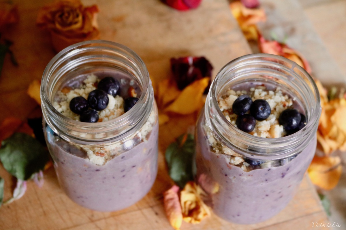 Blueberry vegan ice cream in individual mason jars. ©Victoria Lise 2018.
