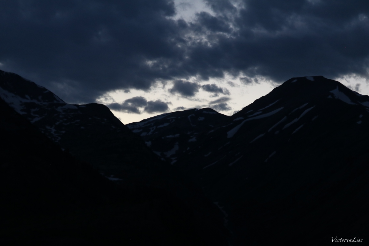 The last light in the Rocky Mountains. ©Victoria Lise 2018.