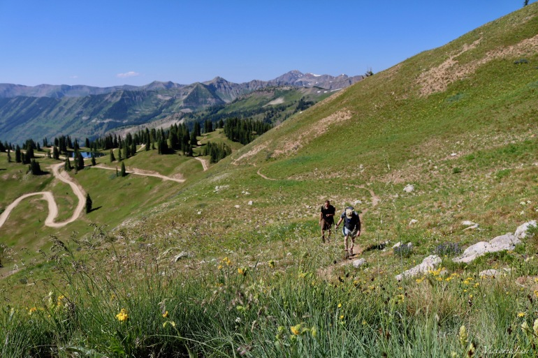 Hiking Cinnamon Mountain in Crested Butte, Colorado. ©Victoria Lise 2018.
