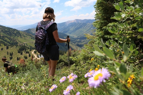 Hiking in Colorado's Wildflower Capital. ©Victoria Lise 2018.
